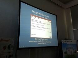Prezentacja na dużym ekranie projekcyjnym 4m x 3m